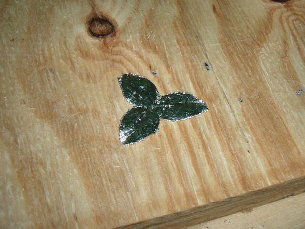 Finished silver leafed petal