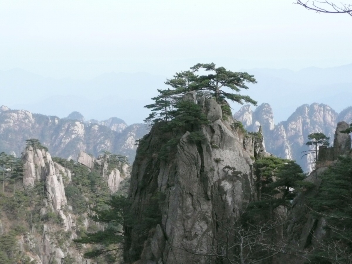 One of the numerous vistas from Mount Huangshan