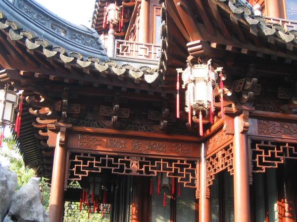 Traditional Chinese lattice work
