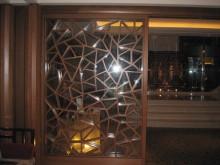 Chinese lattice ice ray divider screen