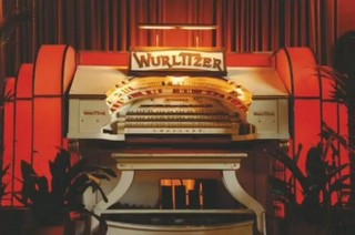 Wurlitzer with an illuminated surround