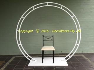 Assembled circular frame