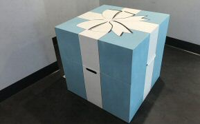 Oversize Tiffany box