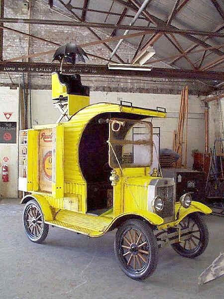 Model T fors van with scissor lift